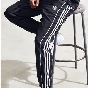 🌬Brand New - Adidas Originals Authentic Wind Pant